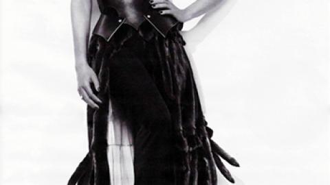Janet : nog steeds model voor Blackglama