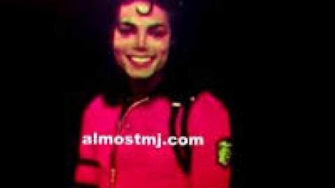 Michael, comme s'il était ressucité… en hologramme 3D