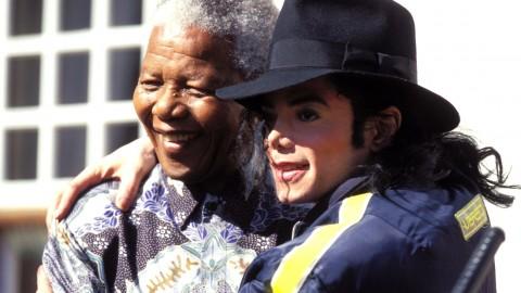 Nelson Mandela rejoint Michael Jackson